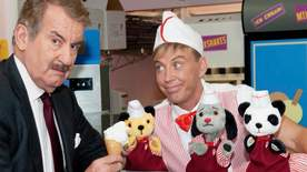 Sooty - Just Desserts