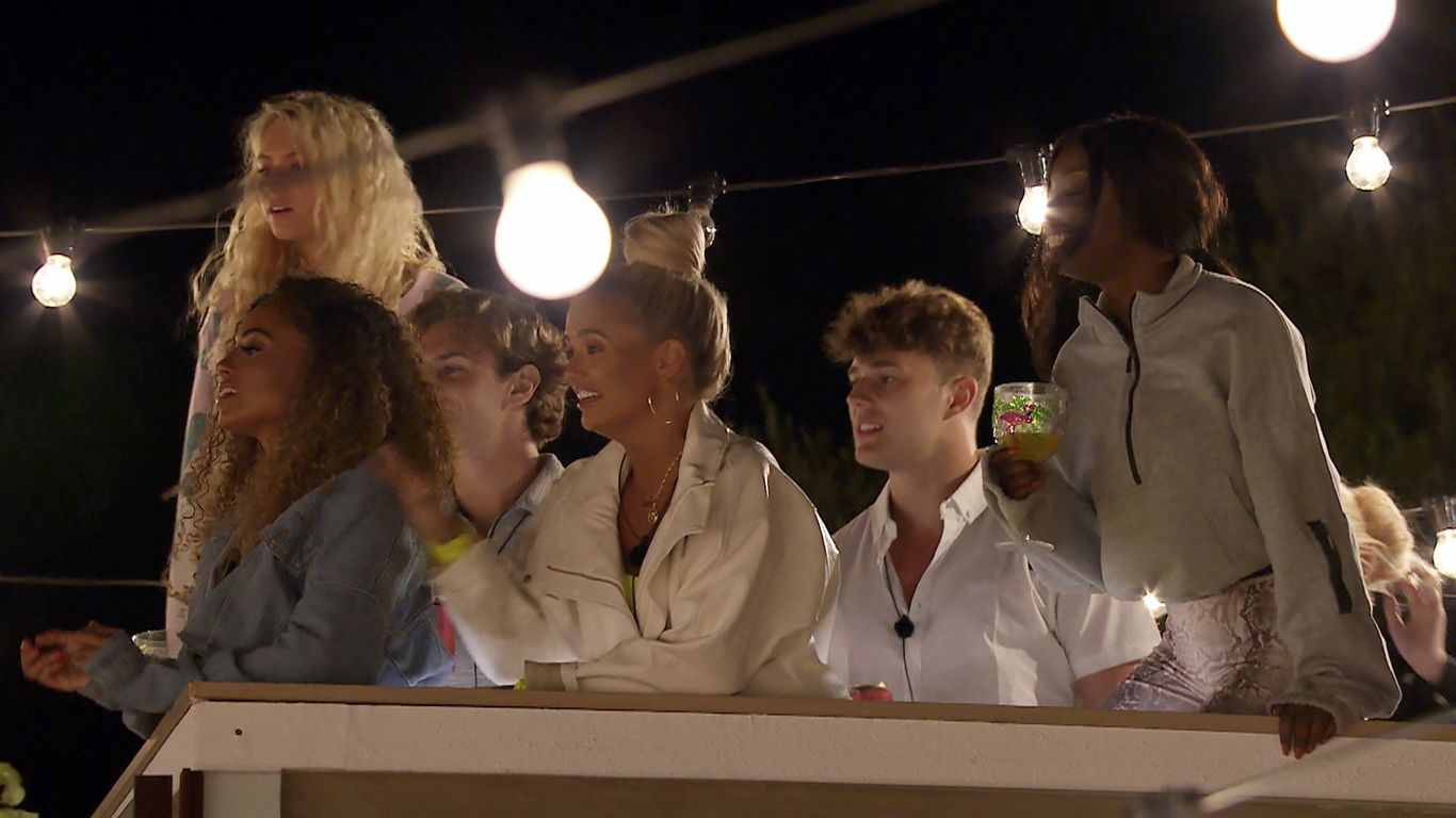 Love Island - Series 5 - Episode 10 - ITV Hub