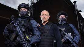 Ross Kemp And The Armed Police - Episode 1
