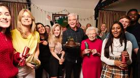 How To Spend It Well At Christmas With Phillip Schofield - Episode 3