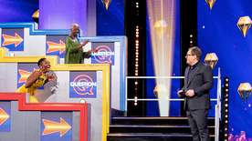 Alan Carr's Epic Gameshow - Strike It Lucky