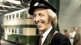 On The Buses - Olive Takes A Trip
